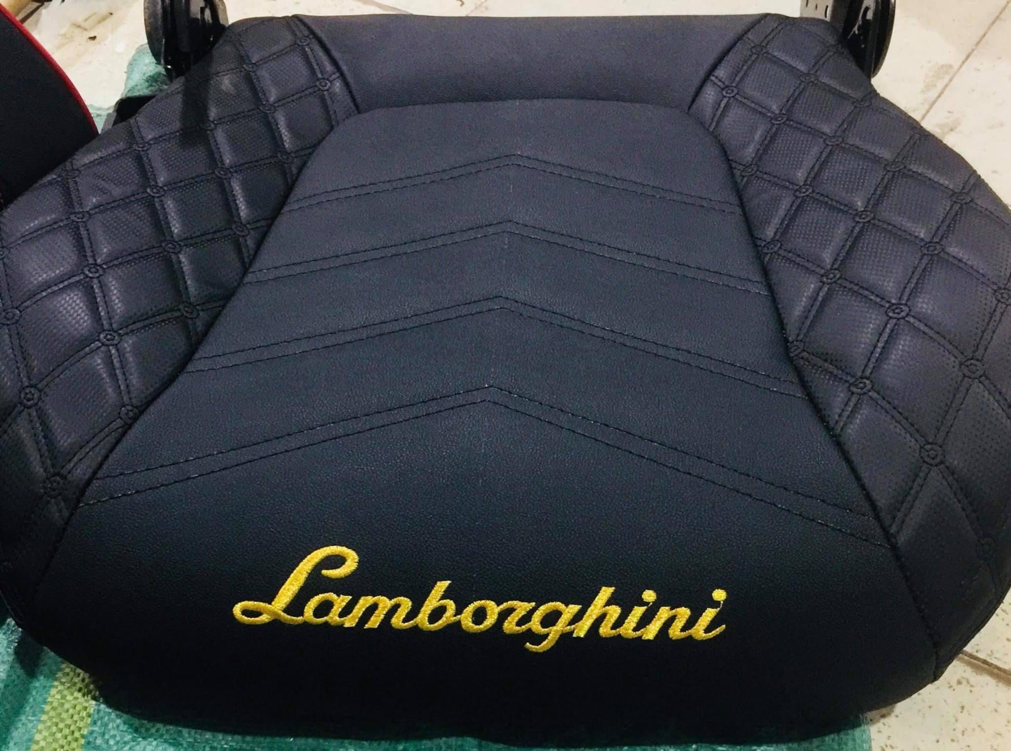 Trên mông dòng ghế cực ngầu Lamborghini